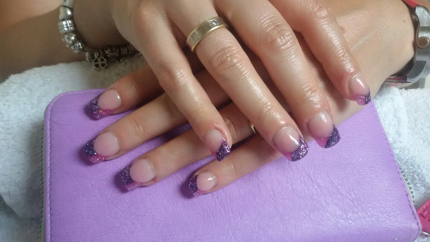 Nagel met paars en rose french